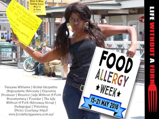 food-allergy-week-2016_v-holding-sign-00111